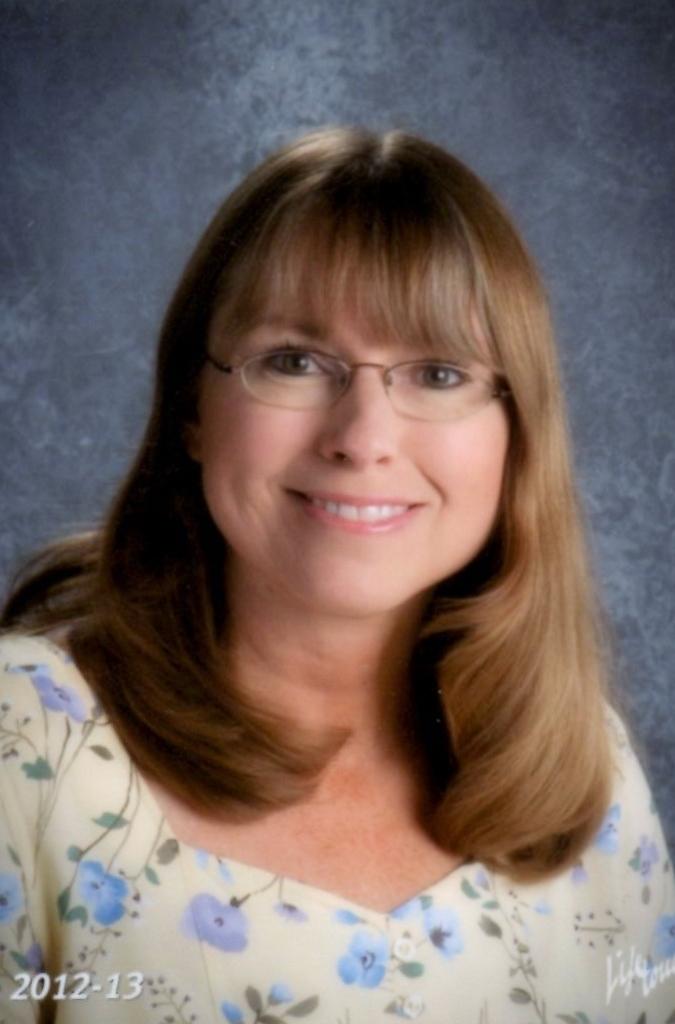 <b>Julie Beach</b> - Grades 3-4 Email Mrs. Beach - Beach
